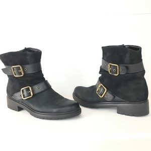 MUNRO DALLAS BUCKLE  BLACK LEATHER ANKLE BOOTS
